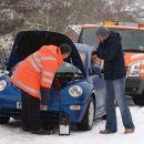 Как правильно заводить в мороз машину