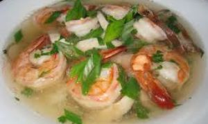 Как сварить куриный суп с креветками