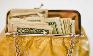 Как привлечь деньги в кошелек.