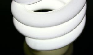 Как сэкономить на электроэнергии: люминесцентные лампы