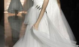 Как выбрать свадебное платье: какого цвета оно должно быть