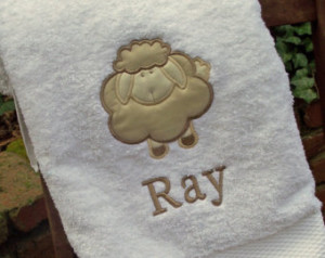Банное полотенце с символом 2015 года