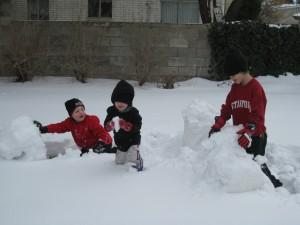 Лепка снеговика