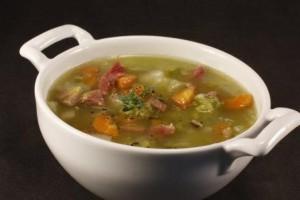 Насыщенный гороховый суп
