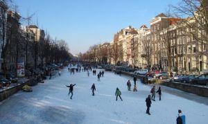 Как провести зиму: детские игры, в которые играют только зимой