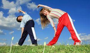 Как привить ребенку любовь к зарядке и спорту