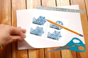 Инструменты для снежинки из бумаги