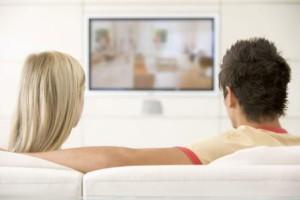 Семейный просмотр телевизора