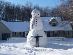 Как сделать большого снеговика