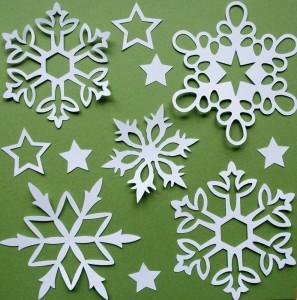 Как красиво вырезать снежинки