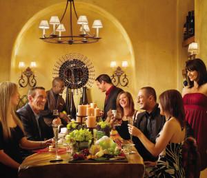 Новый год в ресторане с друзьями