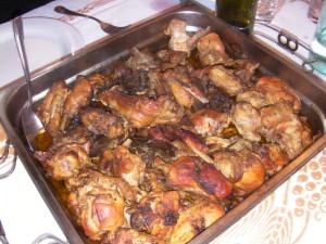 Запеченное мясо кролика