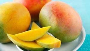 Спелые манго