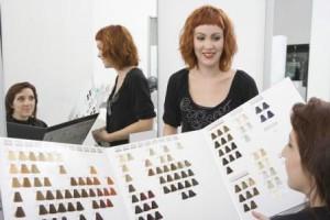 Выбор краски для окрашивания волос