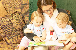 Чтение с детьми по слогам