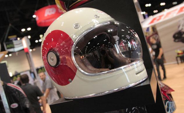 Новогодний шлем для мотоциклистов